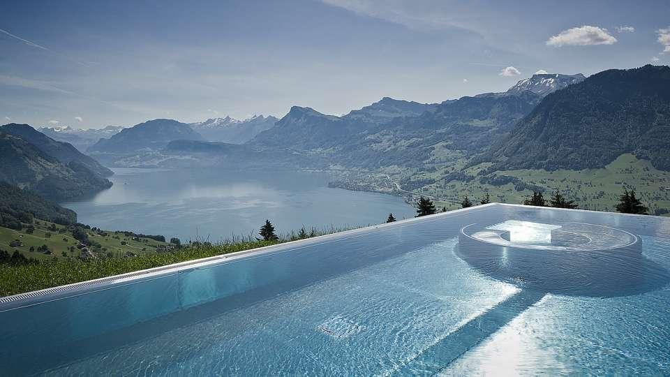 Les 20 plus belles piscines du monde super d co page 10 for Piscine en suisse