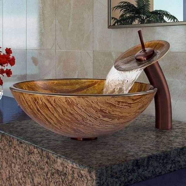 Evier de salle de bain design aspect bois