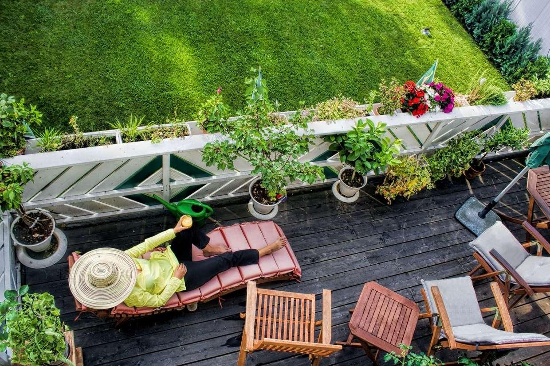 Aménager Son Balcon Avec Des Palettes aménagement balcon : nos idées et astuces pour réussir sa