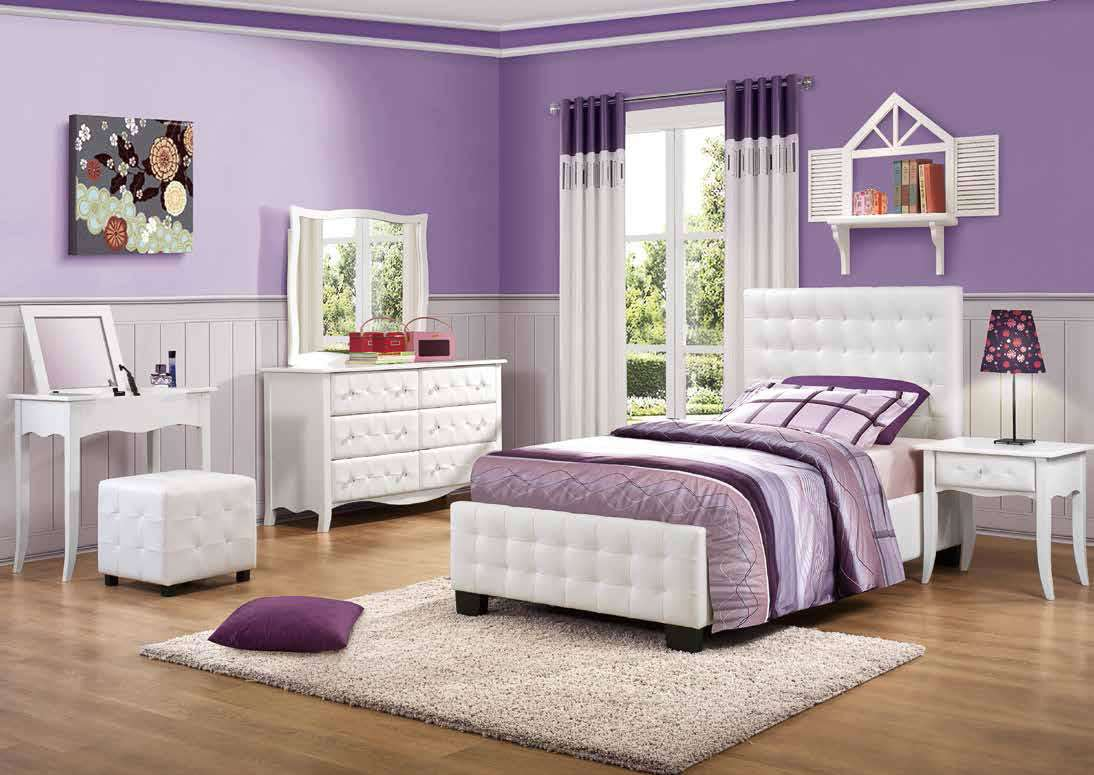 Chambre Monochrome Couleur Prune