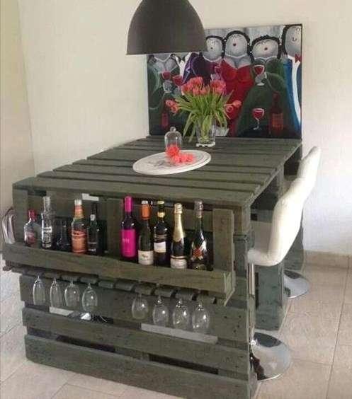 bar en palette 14 id es rapides et faciles pour l 39 ap ro. Black Bedroom Furniture Sets. Home Design Ideas