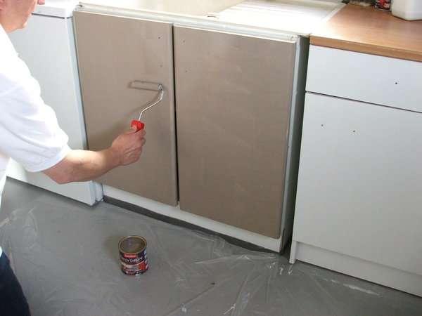 Peinture meuble cuisine tous nos conseils pratiques pour - Peinture pour meuble melamine ...