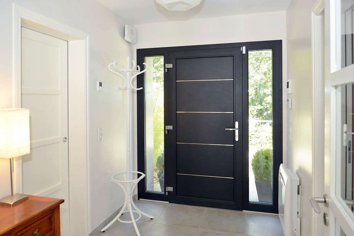 porte d 39 entr e passage en revue des tendances du moment. Black Bedroom Furniture Sets. Home Design Ideas