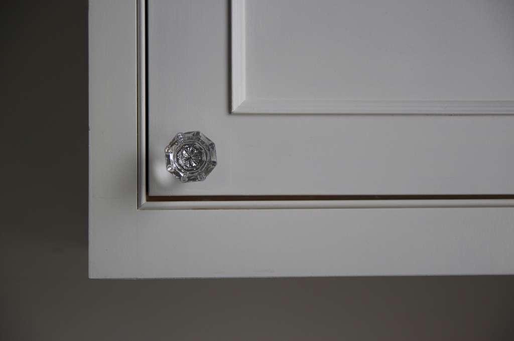 Boutons de portes et poignées pour meuble de cuisine