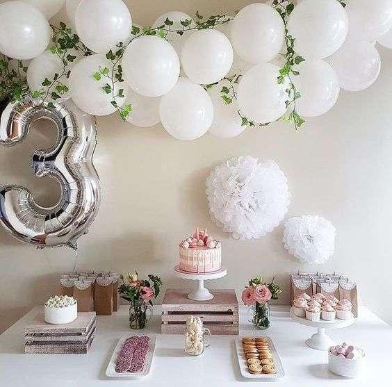 Décoration pour table d'anniversaire 3 ans