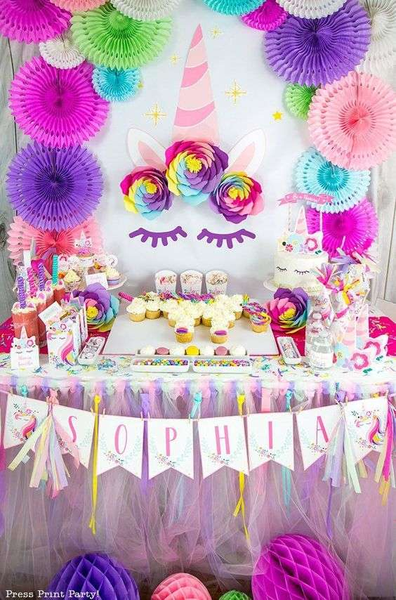 Table d'anniversaire Licorne