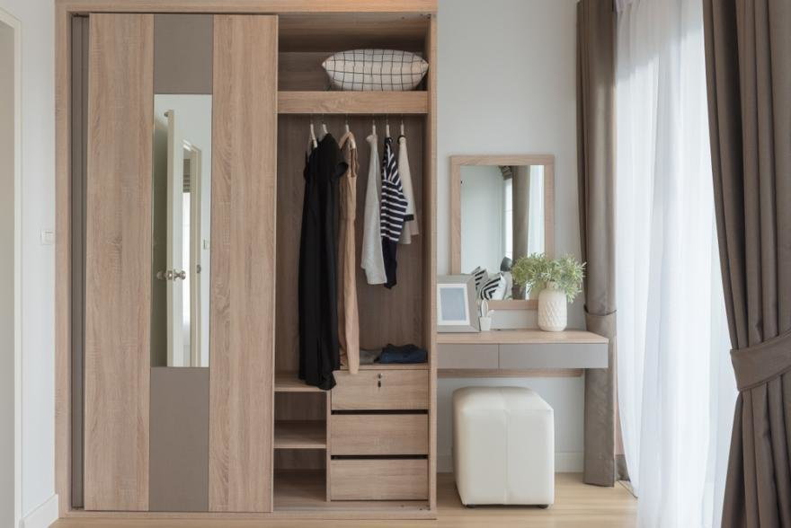 Armoire type dressing