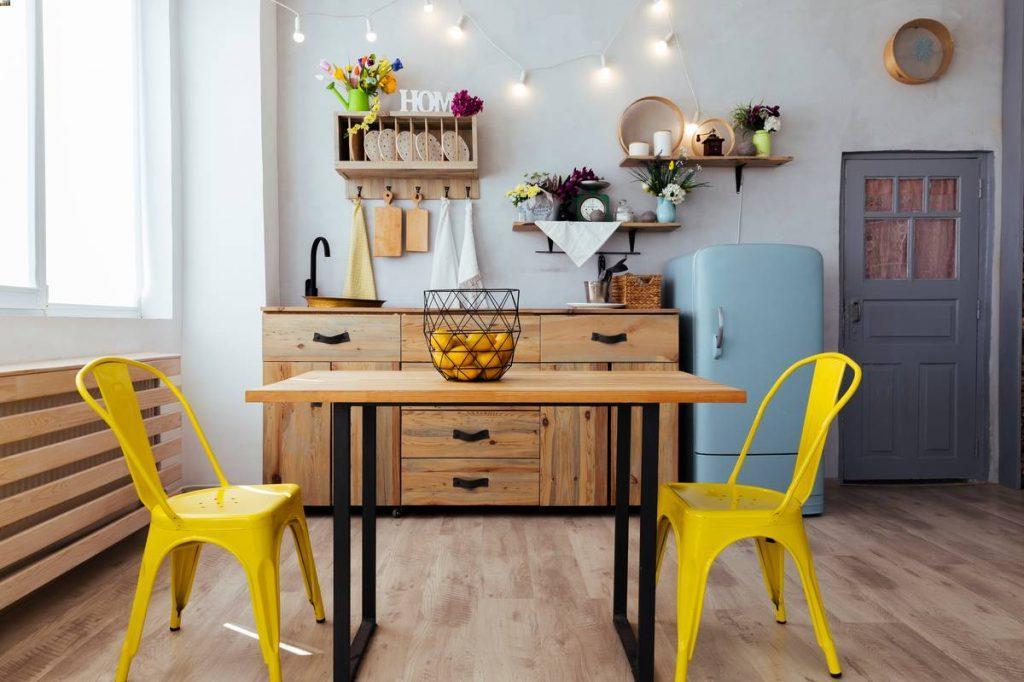 Table de salle à manger rustique et moderne