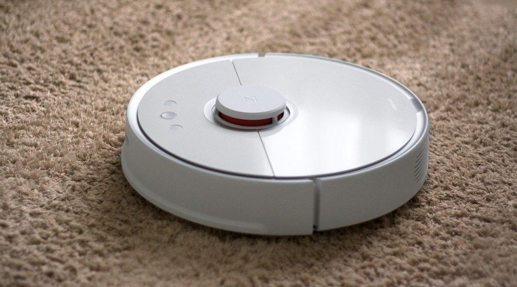 Aspirateur robot pour vous aider à nettoyer votre maison